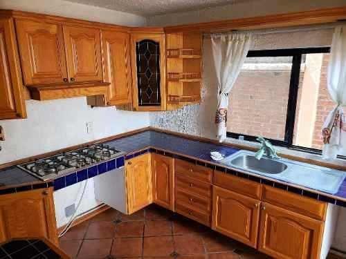 Casa En Venta Ubicada En Lomas De Valle Dorado, Tlalnepantla