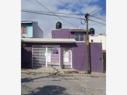 Casa Sola En Renta Fraccionamiento El Taray