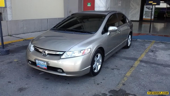 Honda Civic Sincrónico Exs