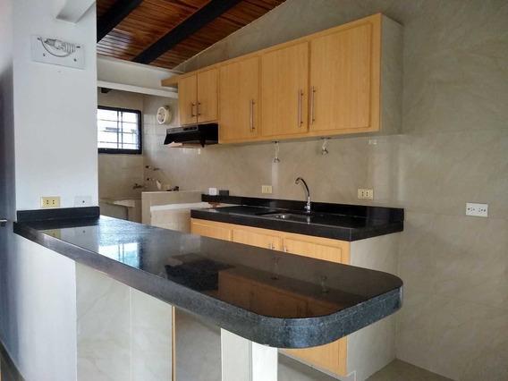 En Alquiler Apartamento En Resd. San Juan Bautista Iii