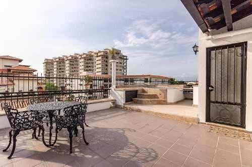 En Venta Hermoso Penthouse En Puerto Vallarta