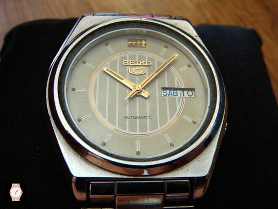 Bonito Reloj Seiko 5 Automático Dial Color Gris