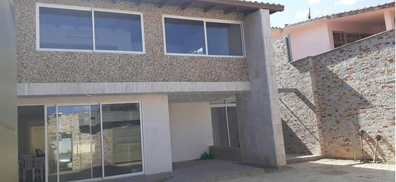 Casa En Venta,terraza Del Club Hipico,caracas,mls #20-9118