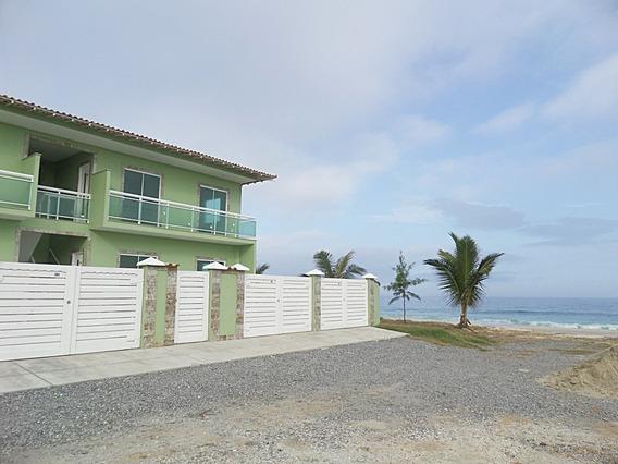 Apartamento Com Varanda Com Vista Para A Praia Em Maricá.