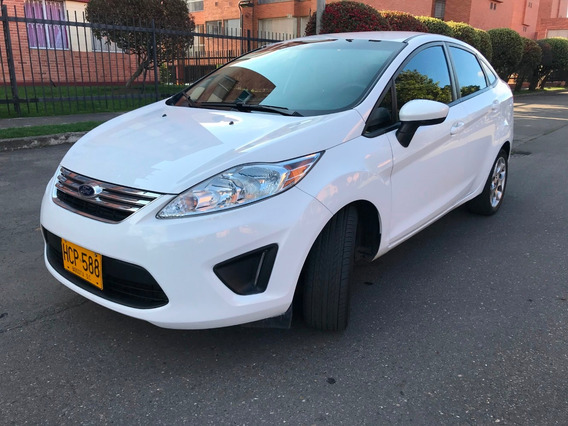 Ford Fiesta Se At Sedan 1.600cc 2013