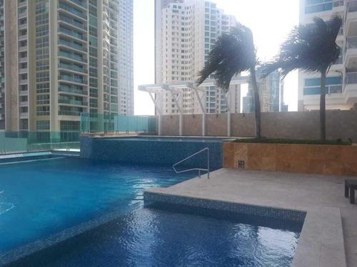 Imagen 1 de 14 de Venta De Apartamento En Ph Titanium, Costa Del Este 20-8920