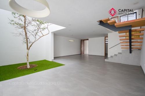 Imagen 1 de 29 de Moderna Residencia De Lujo En Venta Zona Plaza Del Sol