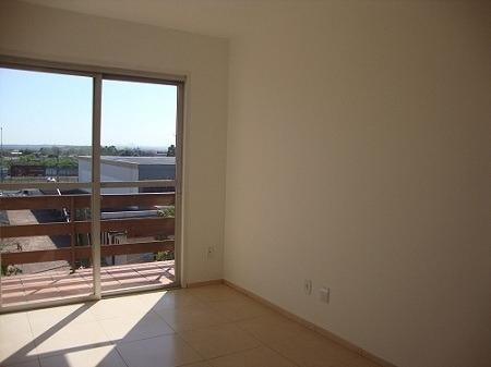 Apartamento Em São Sebastião Com 1 Dormitório - Co8239