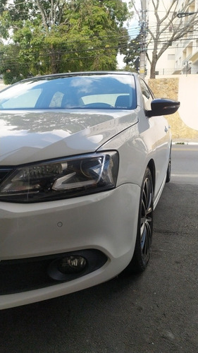 Imagem 1 de 14 de Volkswagen Jetta 2014 2.0 Tsi Highline 4p