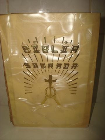 Bíblia Sagrada Claretiana - Capa Dura Perolada - 1986