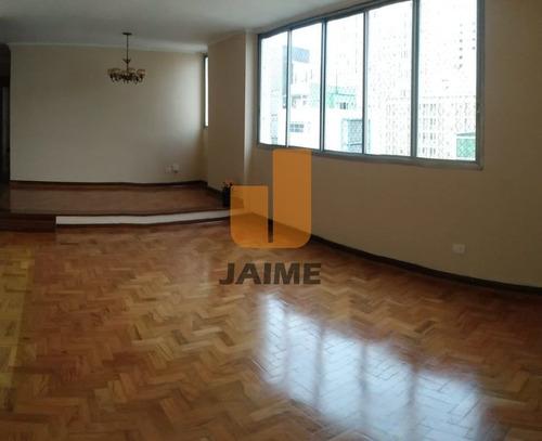 Apartamento Padrão Com 3 Dormitórios Sendo 1 Suite E 2 Vagas. - Bi4321
