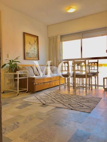 Imagen 1 de 10 de Apartamento 2 Dormitorios En Península - Ref: 85
