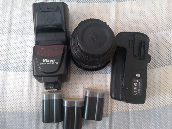 Máquina Fotográfica Profissional Nikon D7000
