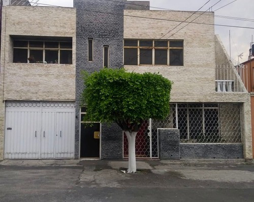 Casa En Venta En Santa Cruz Meyehualco, Iztapalapa.