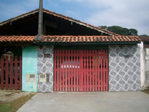 Casa Com Espaço Para Construir Uma Piscina Em Mongaguá