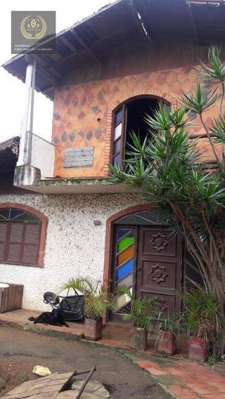 Casa Com 6 Dormitórios À Venda, 250 M² Por R$ 720.000 - Ca0351