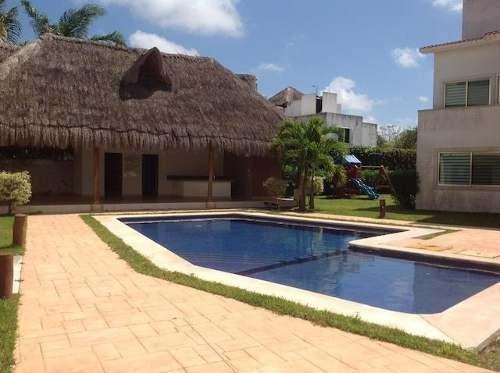 Venta Casa Condomnio Villas Santorini, Cancun