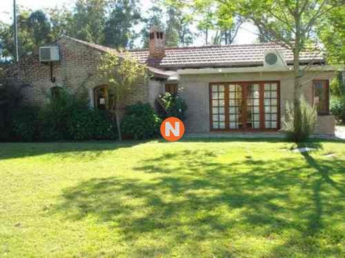Casa En Venta, La Barra, La Barra, 4 Dormitorios.- Ref: 208249