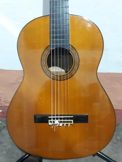 Guitarra Yamaha C-180