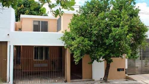 Casa En El Norte De Mérida En Águilas De Chuburna