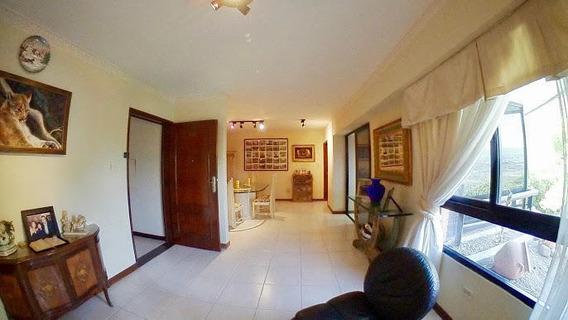 Apartamento En Venta Nueva Segovia 19-14746 Mr
