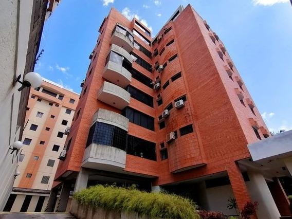 Apartamento En Venta Este De Barquisimeto 21-6186 Rg