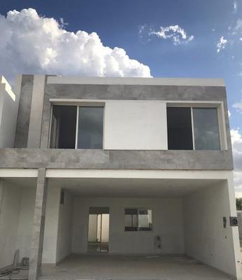Casa En Venta Frente A Parque Rinconada Colonial Apodaca N.l
