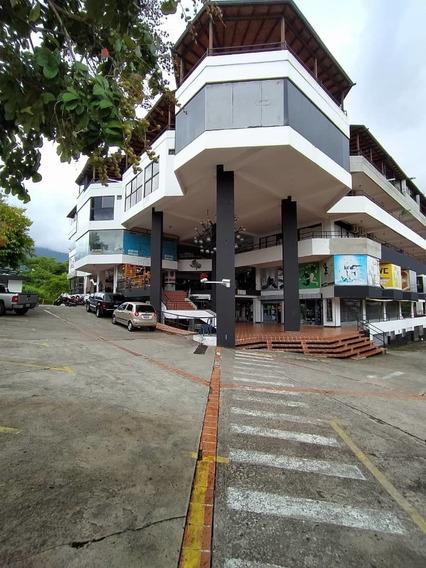 En Alquiler Apartamento En El C.c Plaza, Barrio Obrero