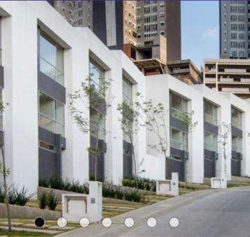 Casa En Cerrada En Renta En Bosque Real, Residencial Puerta Del Encinar