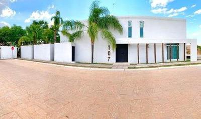 Hermosa Casa En Circuito El Mezquital.