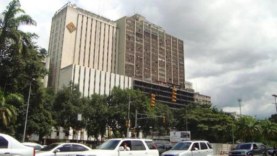 María José Fernandes 19-20227 Alquila Ofic. Parque Carabobo