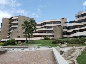 Apartamento Venta Altos De Guataparo, Carabobo 20-10083 Em