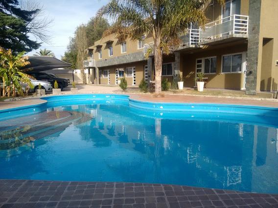 Duplex Nuevo Con Gas Natural Y Gran Piscina - Carlos Paz