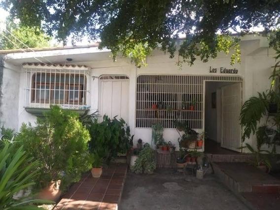 Casa En Venta El Recreo Cabudare 20-1400 J&m 04120580381