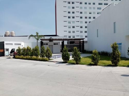 Precioso Departamento En Juriquilla, Junto A Uvm Y Fresko, 3 Recámaras, Alberca