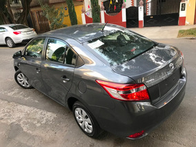 Bonito ! Yaris 2017 Core Automatico Sedan Equipado Uber
