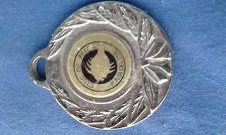 Medalla Club De Pesca Punta Del Este 15 / 2 Del 2004