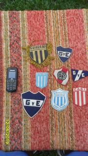 Antiguo Escudo Camisetas Y Pequeño Banderin $ C/u
