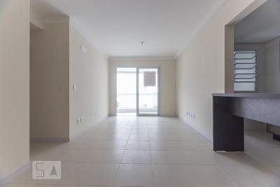Apartamento No 4º Andar Com 2 Dormitórios E 2 Garagens - Id: 892909077 - 209077