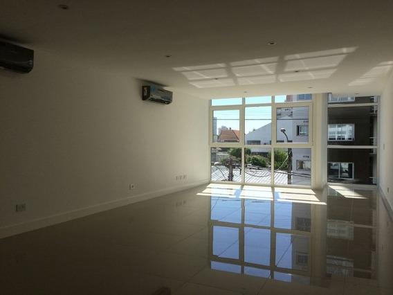 Alquiler | Impecable Oficina C/ Cochera | Macrocentro