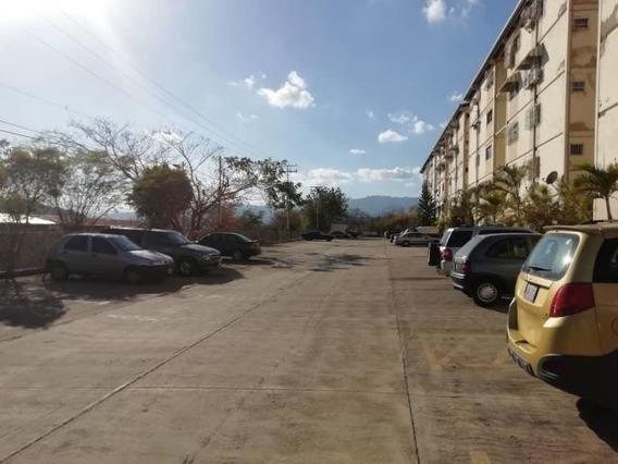 Apartamento En Venta Charallave - Mls #19-12652