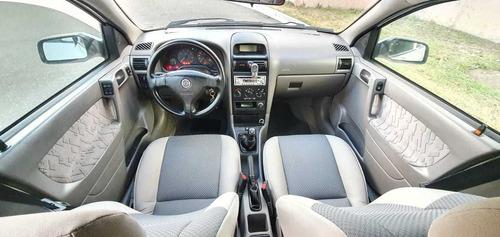 Chevrolet  Astra Deportivo, Extras