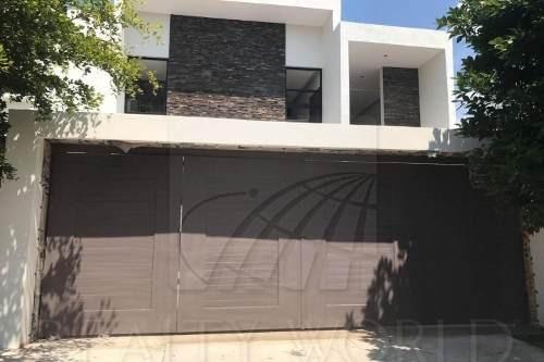 Casas En Venta En Residencial Esmeralda, Colima