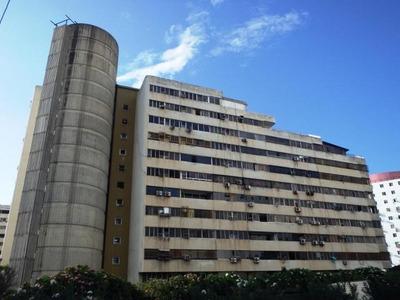Se Vende Estupendo Apartamento En La Guaira 16-11507
