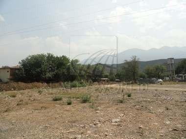 Magnífico Terreno - Plano - Ideal Para Desarrollo - Bien Ubicado. - Área Comercial. - Frente A La Carretera Nacio