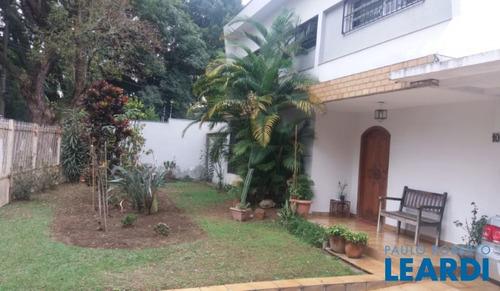 Imagem 1 de 15 de Sobrado - Alto Da Lapa  - Sp - 605677