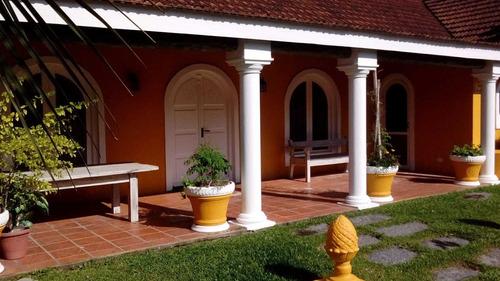 Quinta En Venta De 5 Dormitorios En La Barra