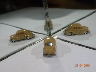 Eko Renault 4 Cv B102