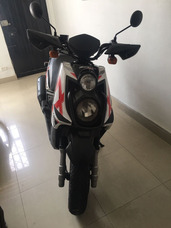 Yamaha Bws 125 Motard