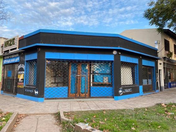 Local En Alquiler En Esquina, Excelente Ubicacion - Francisco Alvarez, Moreno